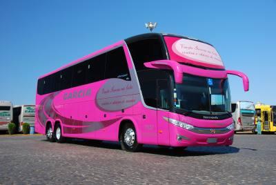 Ônibus da Viação Garcia no Outubro Rosa