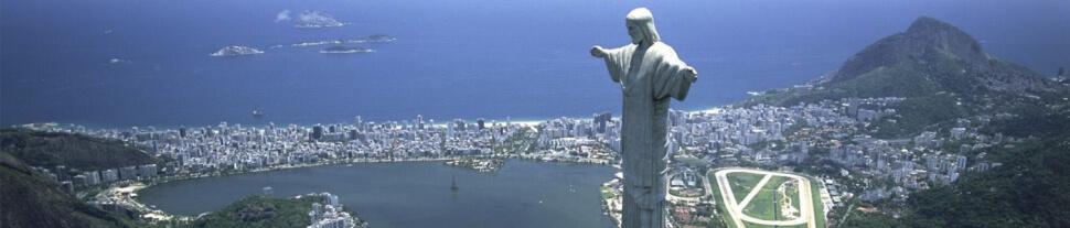 Rio de Janeiro e uma das suas maravilhas sendo a estátua do Cristo Redentor