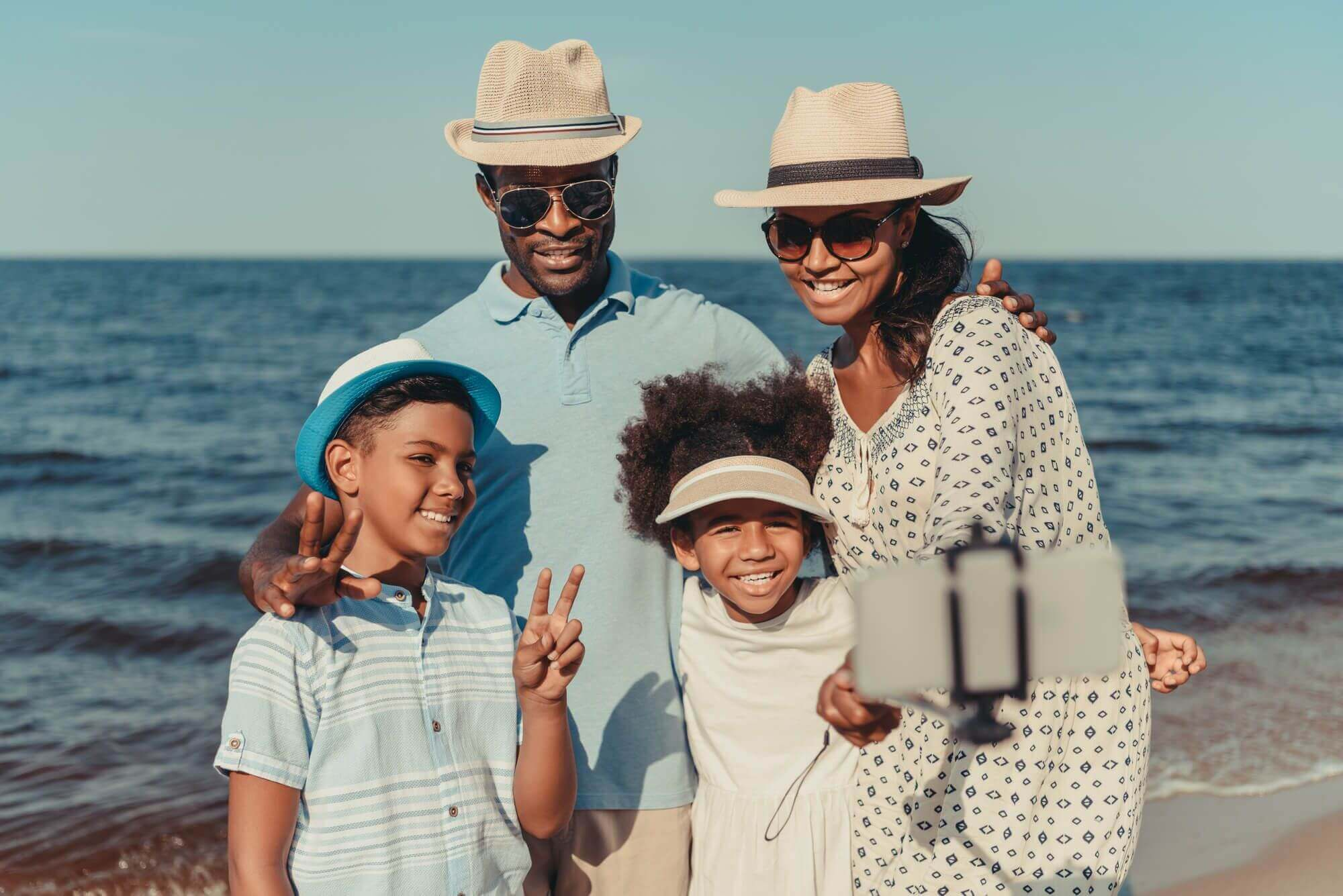 Que tal conhecer a praia de Cabo frio, você vai se encantar.